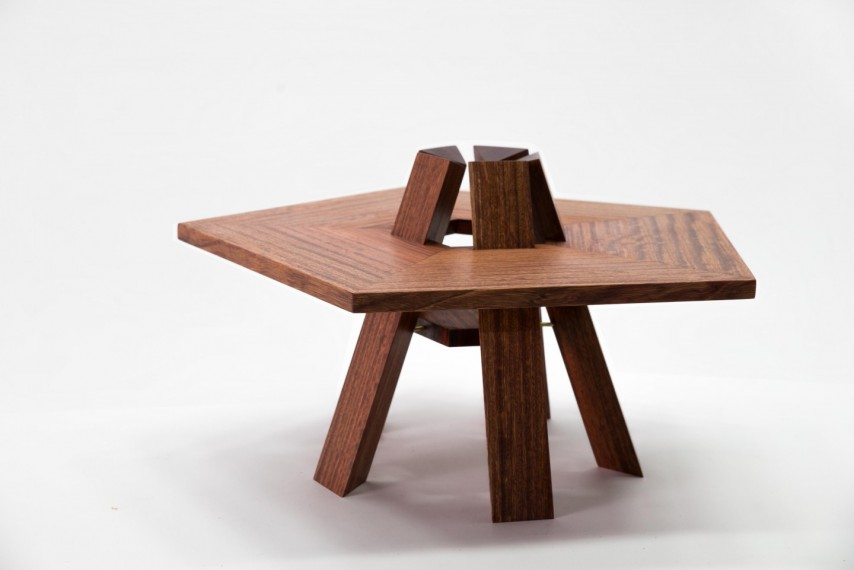 bonfire table 201812/21990_5c8059b175bf1.jpg